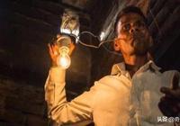 印度男子不吃飯,每天靠充電度過?
