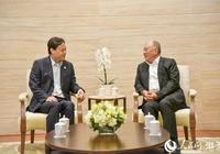 中國宋慶齡基金會理事代表團在澳門拜會何厚鏵崔世安