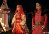 """皇帝死後被親兒子羞辱?結果卻很戲劇""""她""""登上了皇位"""