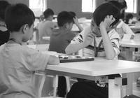 杭州這所學校小學生 每週學國際跳棋