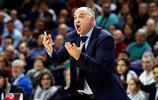 在西班牙馬德里舉行的歐洲聯盟籃球賽,皇家馬德里球員與裁判辯論