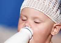 """這種""""牛奶""""根本不是牛奶!千萬別給寶寶喝!"""