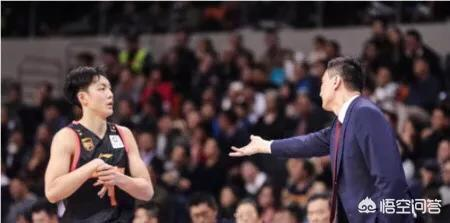 如果廣東奪冠,像徐傑、杜潤旺這樣替補球員的奪冠獎金會比易建聯、周鵬等主力少嗎?