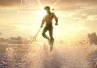 在DC粉絲眼中海王是比較弱的一位英雄,為何他能在電影《海王》中大放異彩?