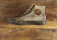 穿了一輩子的「帆布鞋」卻不知道?帆布鞋內側的小洞竟然有功能?