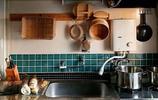 小白磚被換成了翡翠色,清爽的烹飪家,因色彩多一份歡快可愛