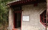 地宮流水潺潺,魚兒輕快遊動,北京的這寺廟裡有座王爺墓?