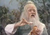茭白蝦仁,龍井茶葉雞丁,饞的段譽口水直流,金庸原來是個美食家