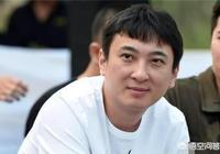 有人說王思聰那麼有錢卻不懂得打理自己的髮型,你怎麼看?為什麼?
