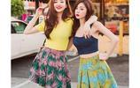 樂彩恩:姐妹花,穿的花裡胡哨,喜歡嗎?