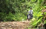 """男子患尿毒症,騎一輛摩托車去醫院透析,走了近十年""""求生之路"""""""