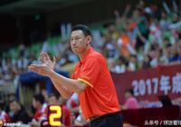 王哲林張兆旭兩大中鋒一共拿了3板,李楠為何不更多給範子銘機會?