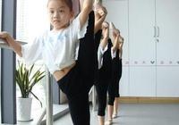 小朋友幾歲開始學跳舞比較好?芭蕾舞好還是民族舞好?為什麼?