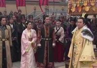 大軍即將攻陷敵城,此荒唐皇帝竟下令全部撤回來再打一遍給寵妃看