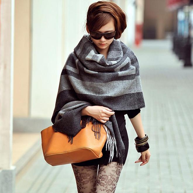 時髦的女人都帶披肩出門,第4款最經濟實惠,愛美的你不要錯過