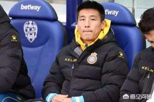 """""""終於成功的做到了板凳上""""!西甲聯賽第33輪的比賽中武磊沒有出場,是怎麼回事?"""