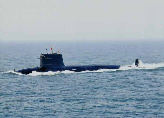 中國海軍潛艇高清美圖
