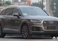 自己有一輛奔馳E300L,想買臺車自駕遊西藏和新疆,奧迪Q7和牧馬人建議選哪輛?