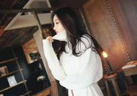 孫允珠雪白百褶裙搭配純白高領寬鬆針織衫 暗香襲人