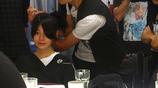 《那些年我們一起追的女孩》片場照,九把刀在臺上監督,陳妍希與柯震東一起看畫面回放