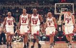 喬丹談NBA最強之隊,他不止是籃球之神,還是籃球界的裝逼之神