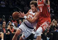 周琦在NBA最終能走多遠,新賽季坐不坐得住板凳是考驗他的第一關