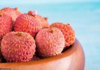 寶寶1歲前不要吃這3種水果,對孩子健康影響大,家長要牢記