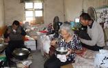 安徽農村8旬老人帶著2個智障兒子生活50年,看如今生活成啥樣