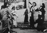 為何說原子彈下無冤魂,除了日本女人外,看看日本小孩做了什麼