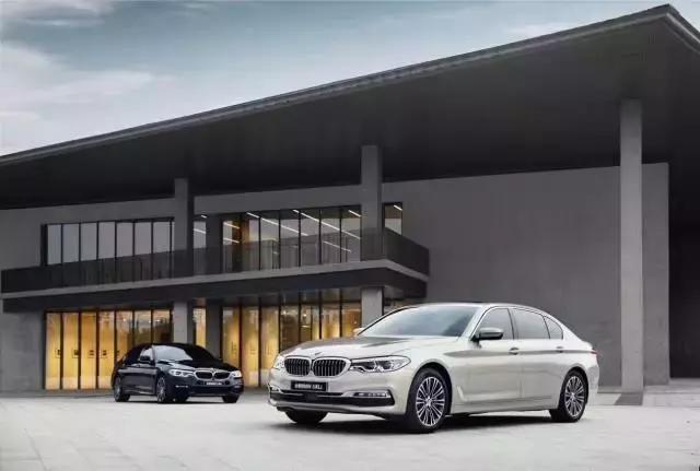 全新BMW 5系Li起步價44萬,小號7系讓E級和A6L顫抖!