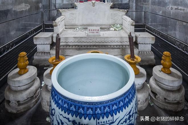 大明萬曆皇帝地宮親探記,一組現場實拍皇陵地下玄宮