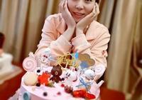 女排前國手楊珺菁30歲生日,婚禮剛過一個月,幸福快樂