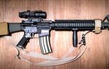 輕武器欣賞,一組槍械美圖,喜歡的朋友看看吧