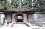 賀龍故居,位於湖南省張家界市桑植縣洪家關村,開國元帥之一