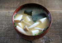 無油且鮮美的日式味噌湯!