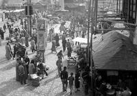 「老照片」1945年,南京鼓樓大鐘亭秦淮河
