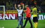 歐洲冠軍聯賽資格賽:馬德里對陣多特蒙德,爭球爭得頭破血流!