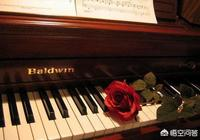你認為會彈鋼琴的人一定會彈即興伴奏嗎?