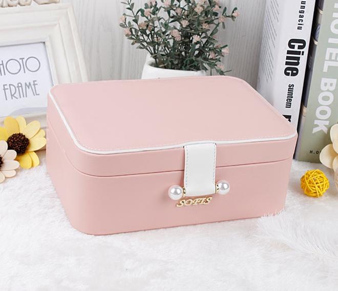 第四款是我見過最美的首飾盒,簡單實用,是首飾一個美麗的好家