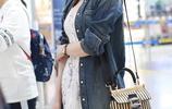 林志玲這身穿搭太好看了,裙子搭配長款外套,簡單大氣,美豔無比