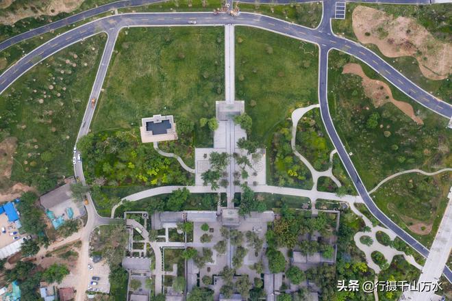 濟南華山華陽宮,歷史悠久、殿宇眾多,被稱為\濟南巨觀\