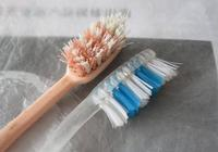 舊牙刷不要再扔了,用打火機輕輕一燒就是個寶