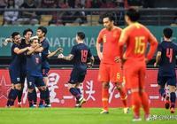 希丁克再給中國球迷熱情潑涼水!直言衝擊奧運會很困難,只能爭取