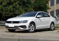 轎跑身段顏值僅次於CC,丐版配LED大燈,買朗逸、速騰不如看看它