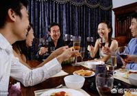 同事說請領導吃飯和我,可是結賬的時候同事讓我去結賬一千元,我應該怎麼辦?