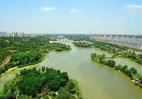 山東淄博一個緊鄰市區的縣,是全國百強縣,擁有馬踏湖景區