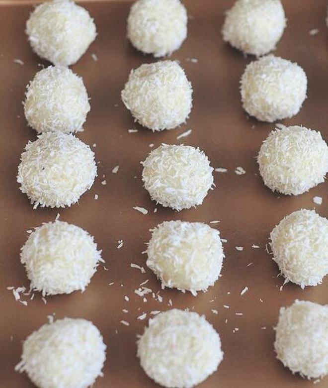 精緻小糕點,是你愛的那款嗎?——椰子球糕點