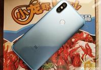 為什麼現在的手機越來越多的採用玻璃後殼而不是金屬後殼了,金屬比玻璃不更耐摔嗎?