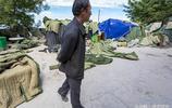 山東泰安:泰山頂上出租軍大衣,一件10塊錢,一天能掙上千元