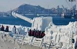 被凍成冰棍的韓國海軍KDX-2型驅逐艦